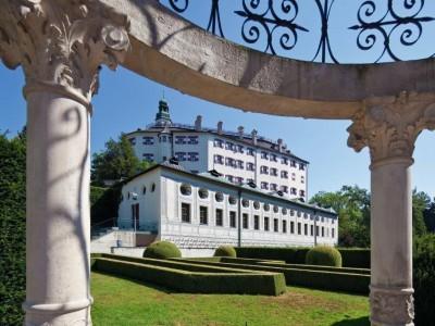 Schloss Ambras ©TVB Innsbruck / Christof Lackner