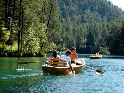 Bootfahren am fernsteinsee