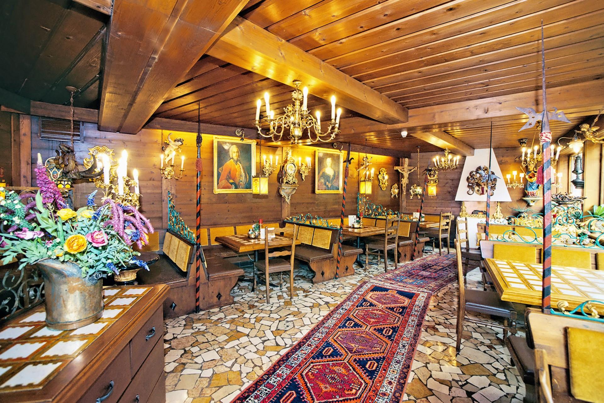 Hotel Schloss Fernsteinsee Schloss-Cafe Konditorei