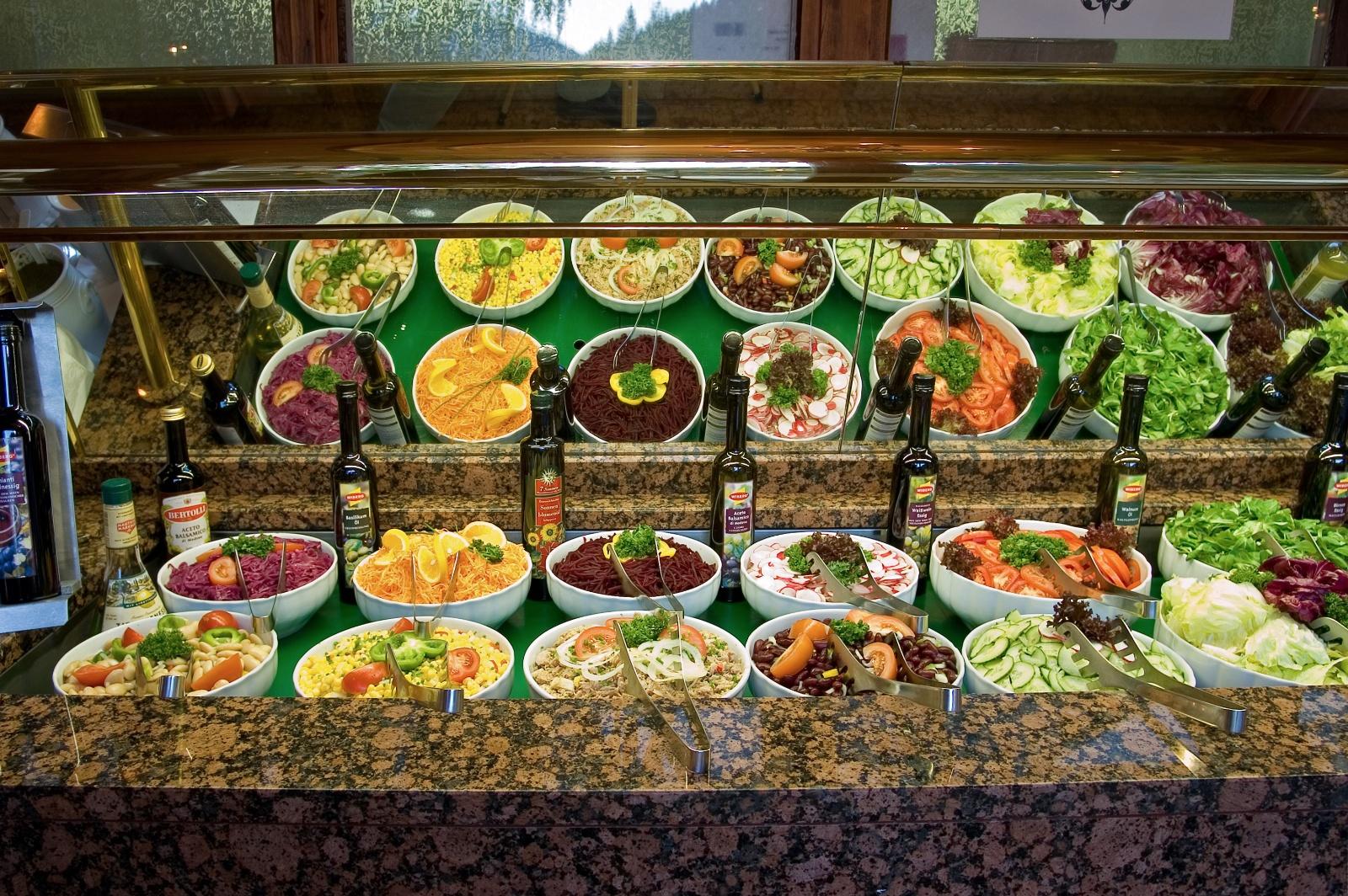 Hotel Schloss Fernsteinsee Salatbuffet