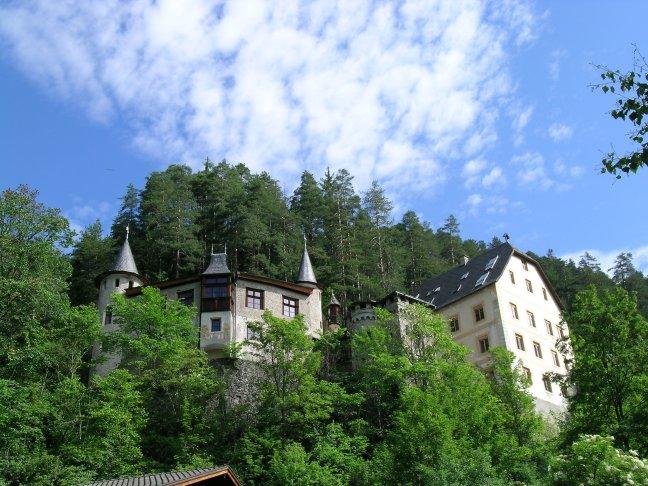 Schlosshotel in Nassereith in Tirol